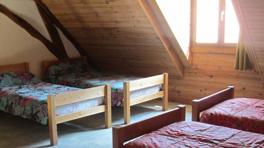 Chambre multiple gite Planoy Espace A